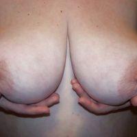 Rencontre sexy à Béziers avec une poitrine naturelle