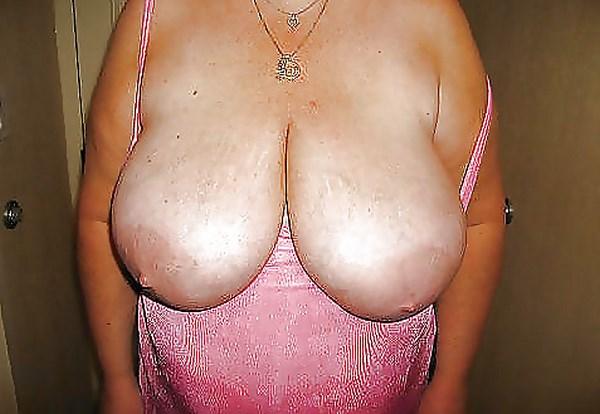 Cam sexe à Nancy avec des grosses mamelles